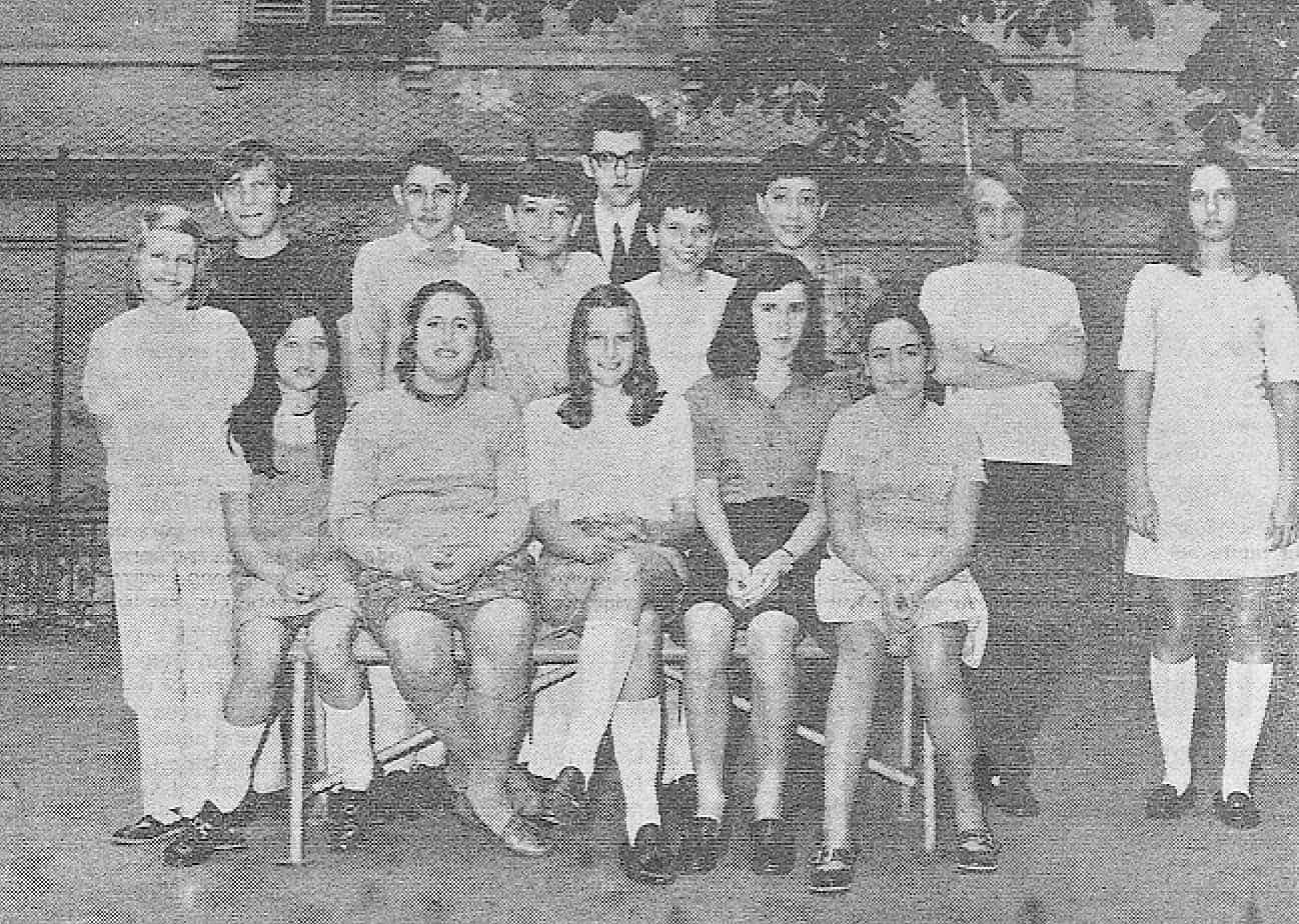 Anno 1970: fotografia della classe di Milena Sutter - magazine Il Biondino della Spider Rossa - ProsMedia - Agenzia Corte&Media
